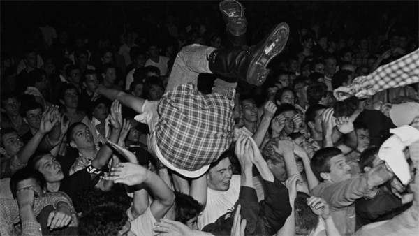 punk stage diving