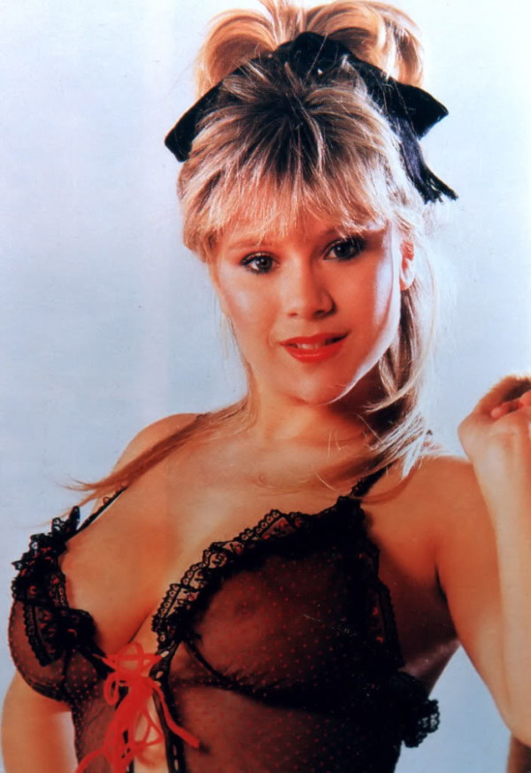 Samantha-Fox02